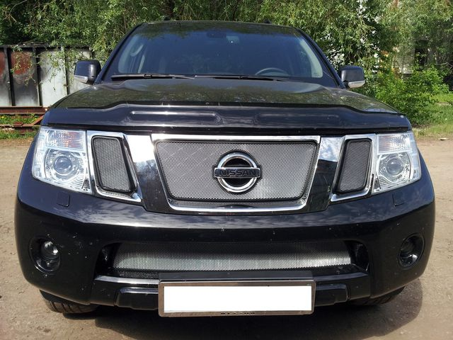 Защита Shelby для радиатора (верх) Nissan Pathfinder Y62 2012-2015. Артикул ZR.NIS.PATF.12.top.c